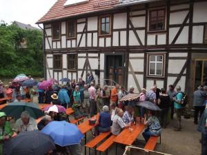 Eröffnung - Gäste mit Pfarrer Hocke
